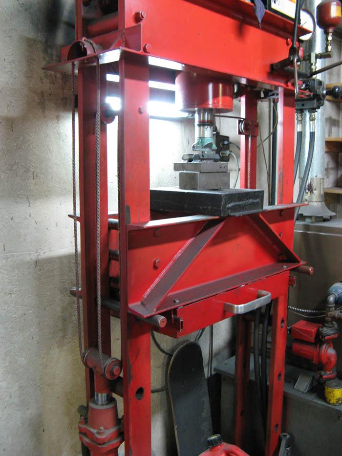 Hydraulic Press Mint Design