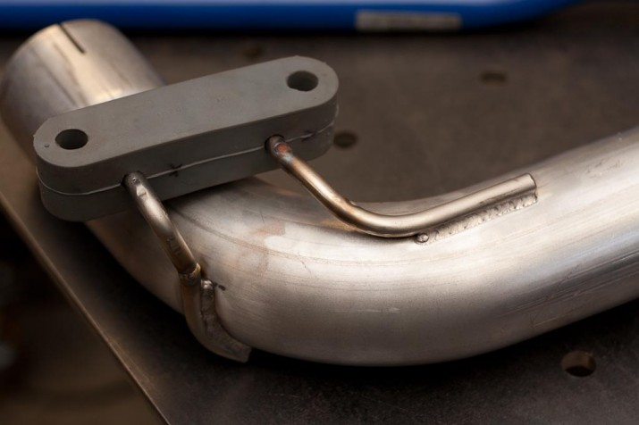 exhaust hanger repair
