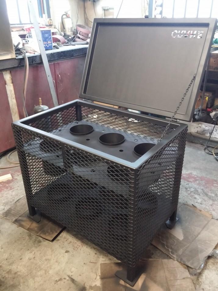 steel crate oxygen tank