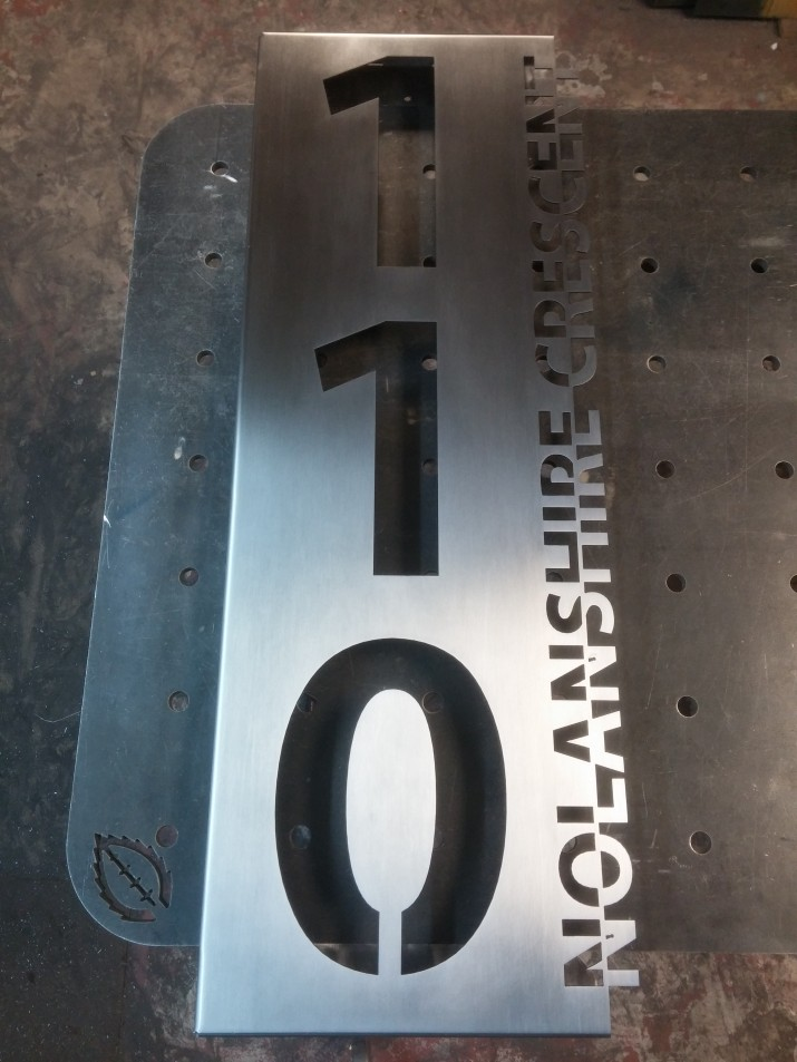 Custom house numbers mint design